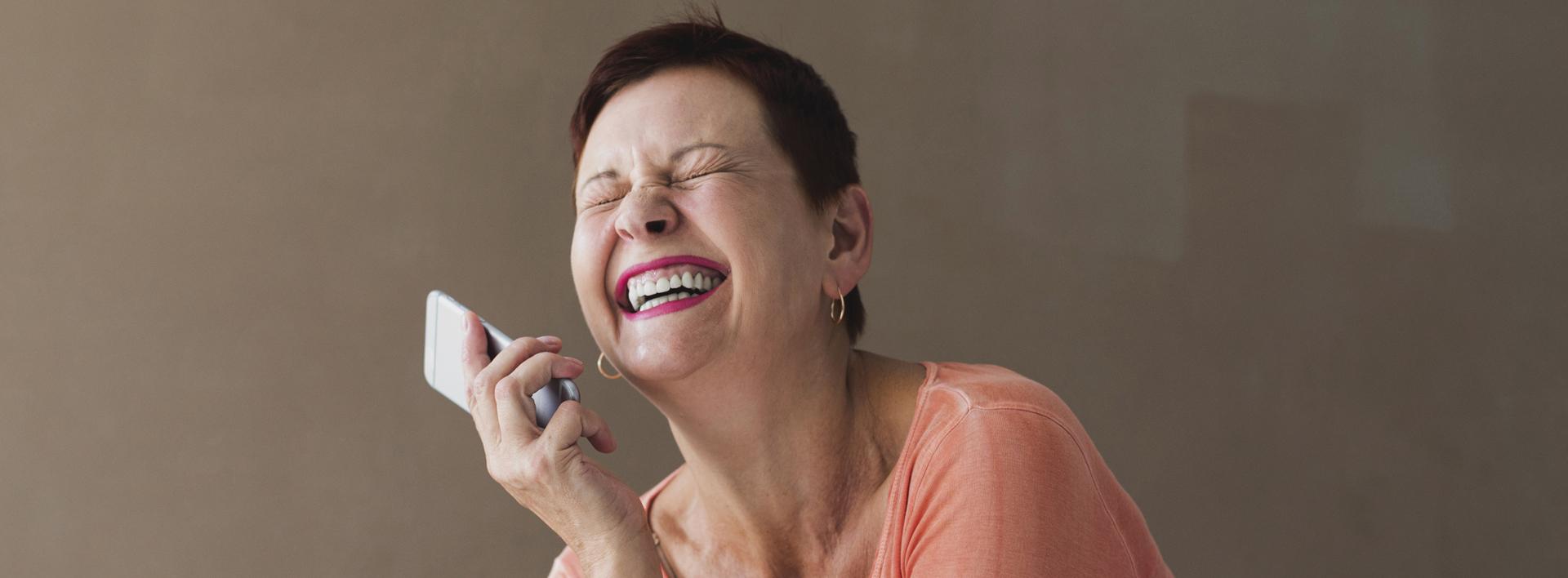 Trucchi e trucco per bellezze over 50: radiose per sempre!